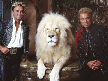 The Real UNTOLD Truth Of The Siegfried And Roy Story!