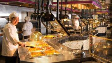 One Food Item You Should NEVER Eat At A Buffet!