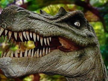 Top 10 Scary Things You NEVER Knew About Dinosaurs!