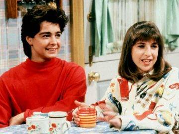 The Real Reason Why These Top '90s Sitcoms Were Cancelled!