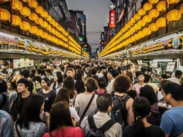 Top 10 Most Densely Populated Places In The World!
