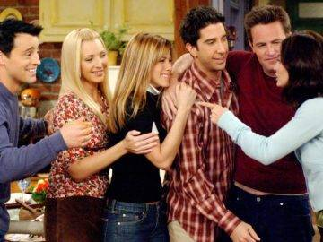 Top 10 Friends Deleted Scenes (We Never Got to See)