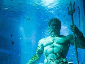 Top 15 Most Amazing Underwater Cities Lost To The Sea!