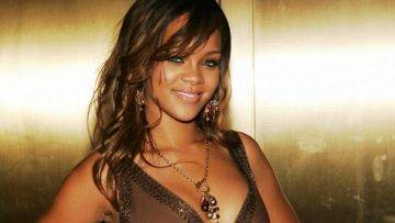 Top 9 Tragic Details About Rihanna Exposed!