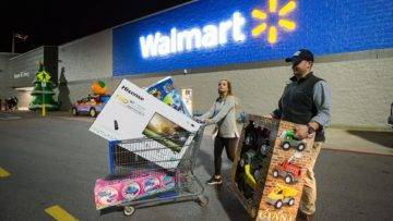 Top 12 Sneaky Secrets Walmart Uses To Get You To Spend More Money!