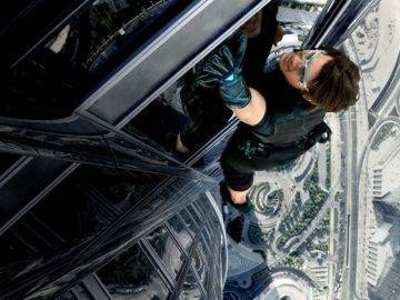 Top 25 Movie Stunts That Went Horribly Wrong!