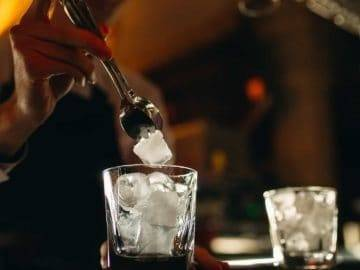 Top 7 Reasons Why You Should Never Ask For Ice In Your Drink!