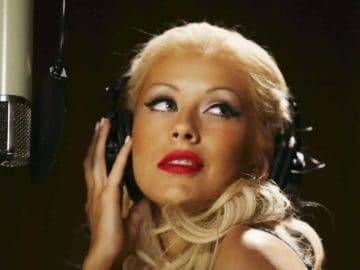 Top 7 Tragic Facts About Christina Aguilera That You Didn't Know!
