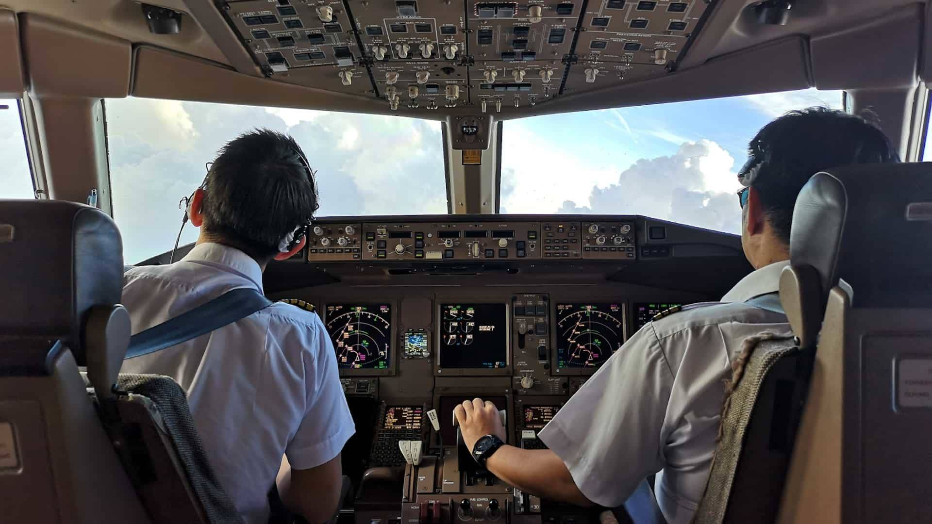 Top 19 Airplane Secrets Like Why Pilots Never Use Windshield Wipers!