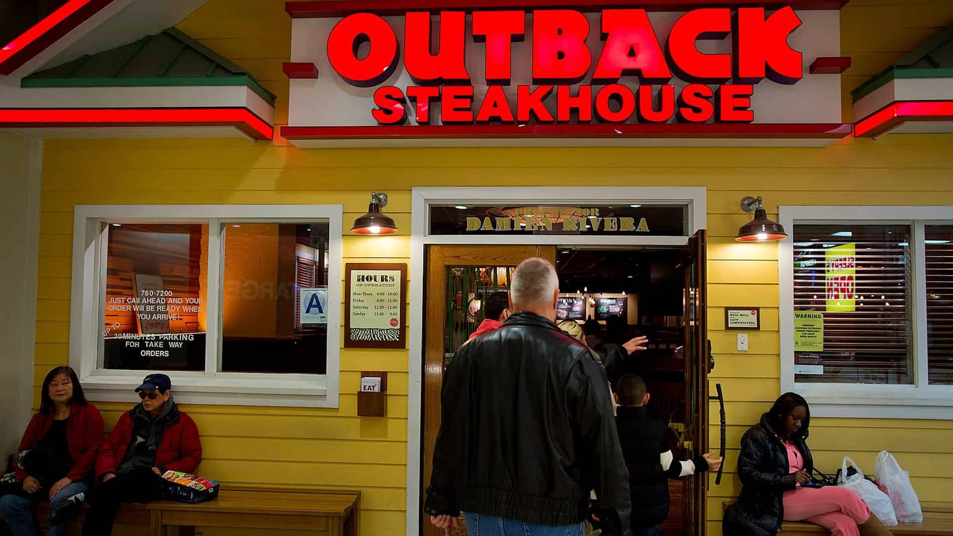 Top 12 Outback Steakhouse Secrets That Aren't On The Menu!