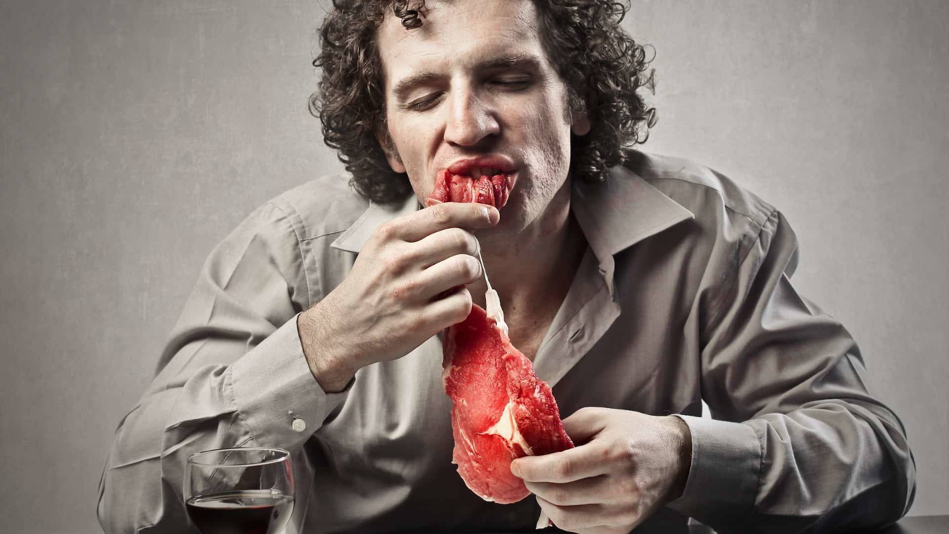 Top 11 Biggest Mistakes Eating Steak (That Everyone Makes)