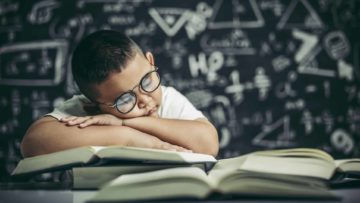 Top 14 Reasons Why We All Hated School Growing Up!